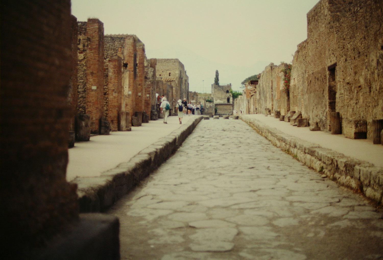 Pompeii '87–'01–'17