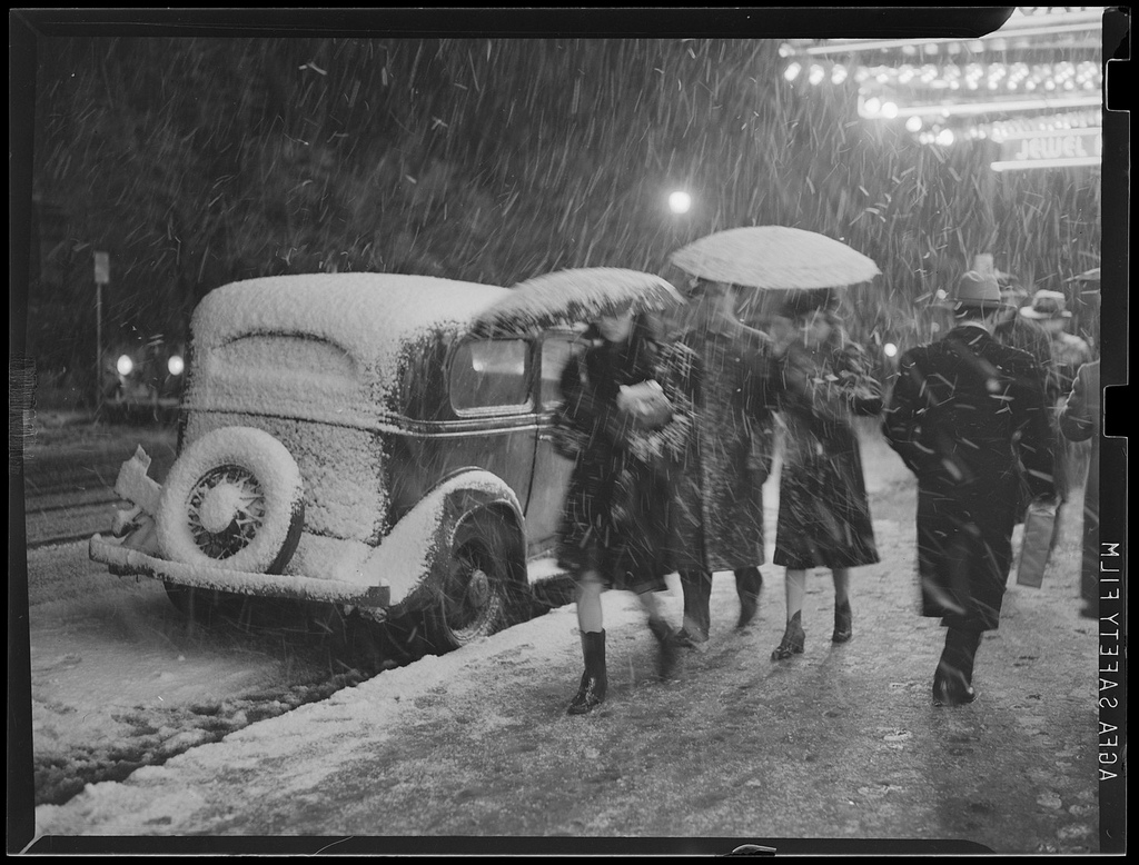 Blizzard in 1939, Courtesy of the Boston Public Library, Leslie Jones Collection.